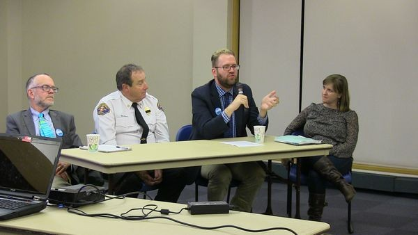 The forum panel comprised (L to R) Ross MacFarlane of Climate Solutions, Fire District 1 Asst. Chief Alan Reading, 21st District State Senator Marko Liias (D), and Robin Everett of the Sierra Club.
