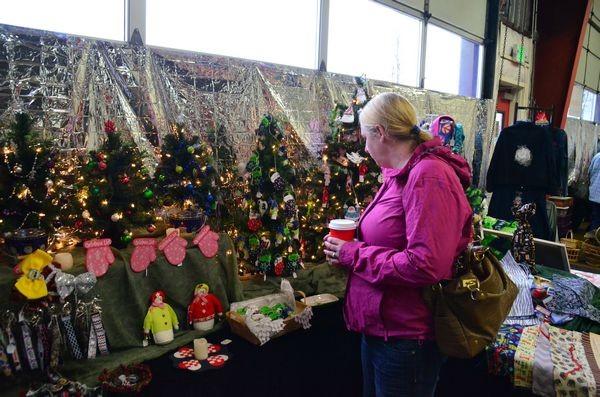 Holiday Flair craft fair at Edmonds Art Works