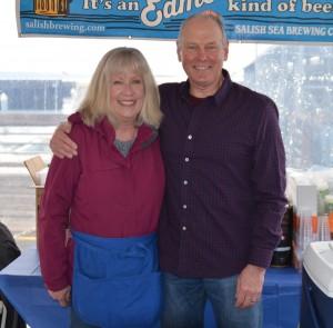 Edmonds Chamber volunteers Dexter Wellington and his wife Jeri staffed the beer patio.