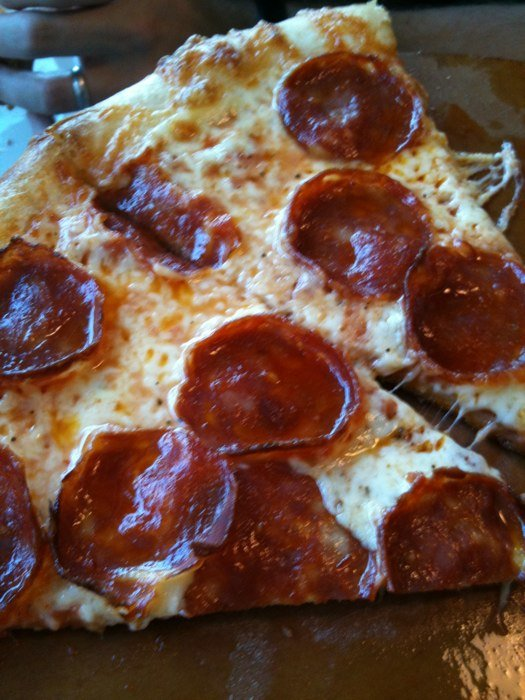 my edmonds restaurant news  free slices at pagliacci