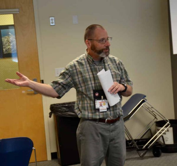 Dave Ball talks about the role that ham radio can play during disasters.