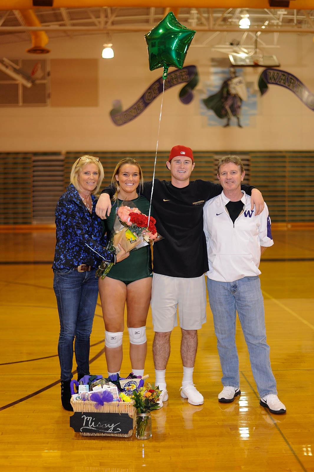 Prep Volleyball Photo Gallery Seniors Take A Bow As E W