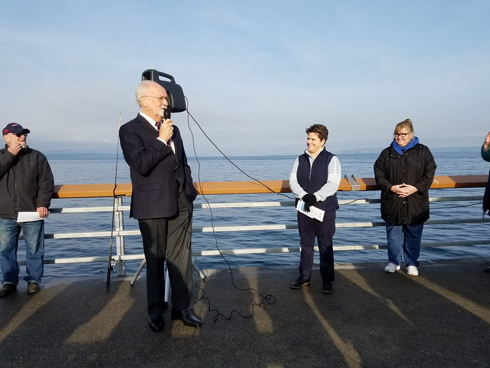 Scene in Edmonds: City cuts ribbon for renovated fishing pier - My ...