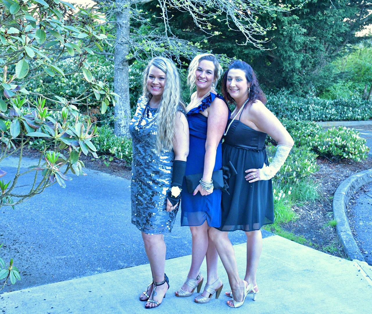 Girls just wanna have fun! Mom Prom raises money for Scriber Lake ...
