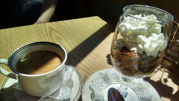 Cafe De Paris Restaurant Edmonds