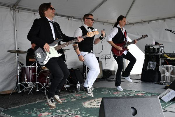M-80's at Edmonds Waterfront Festival in 2018
