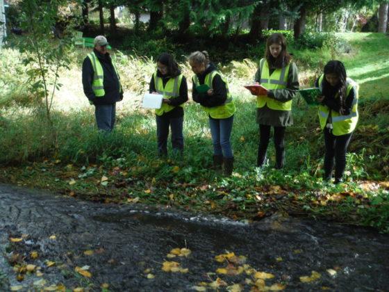 Students along the stream. (Photos courtesy Joe Scordino)